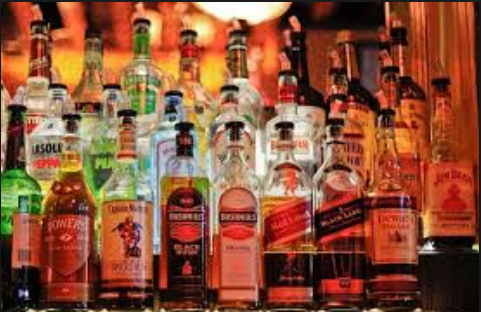Difference between Alcohol and Liquor